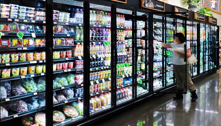 در بازار انواع مختلفی از یخچال و فریزر فروشگاهی وجود دارد.برای اطلاع از قیمت و خرید انواع یخچال و فریزر فروشگاهی به تجهیزات فروشگاهی پرشین صنعت آسیا در کرج
