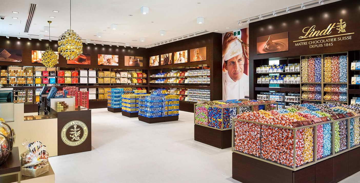 تجهیزات فروشگاهی   قفسه فروشگاهی   خرید تجهیزات فروشگاهی پرشین صنعت آسیا در کرج